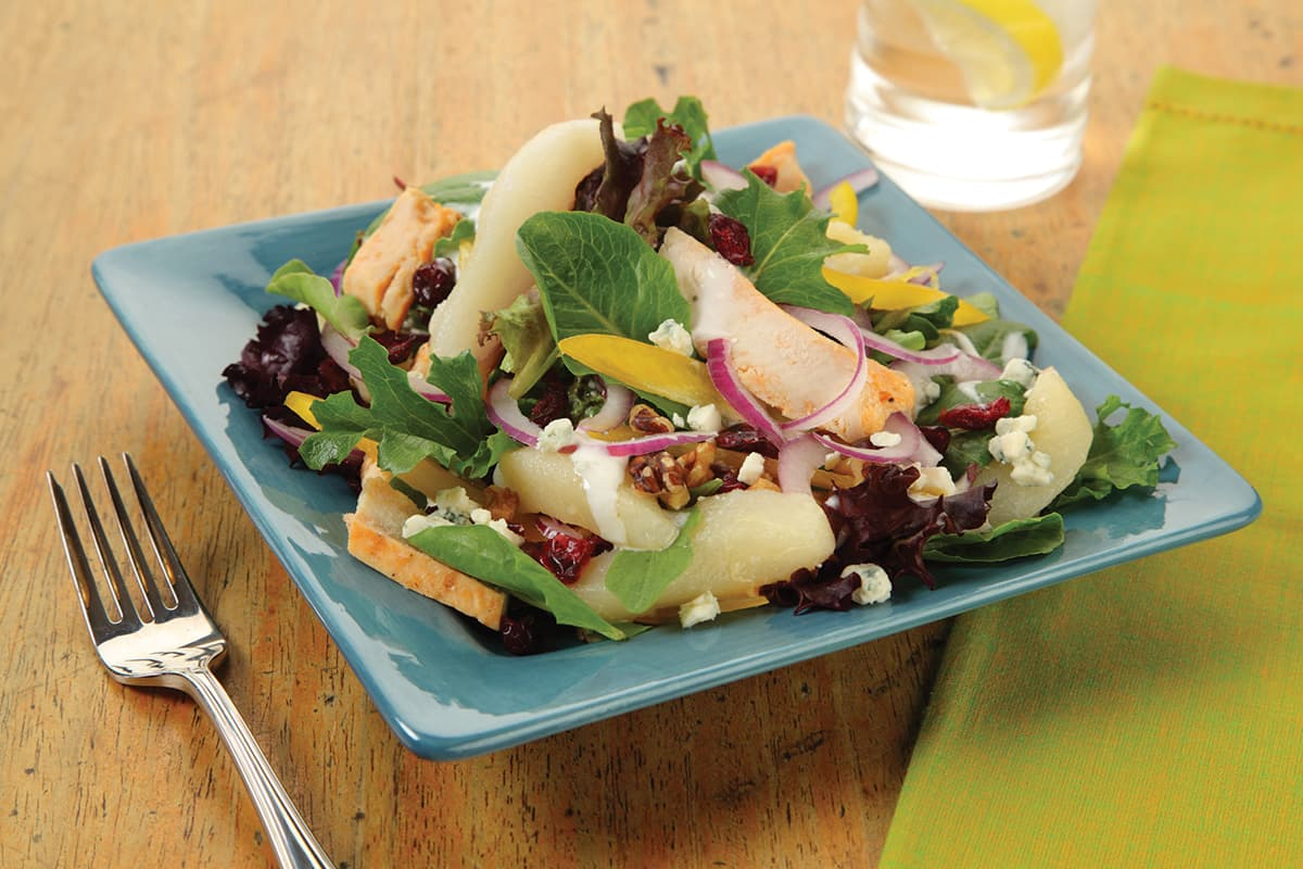 Chicken Pear Salad with Blue Cheese