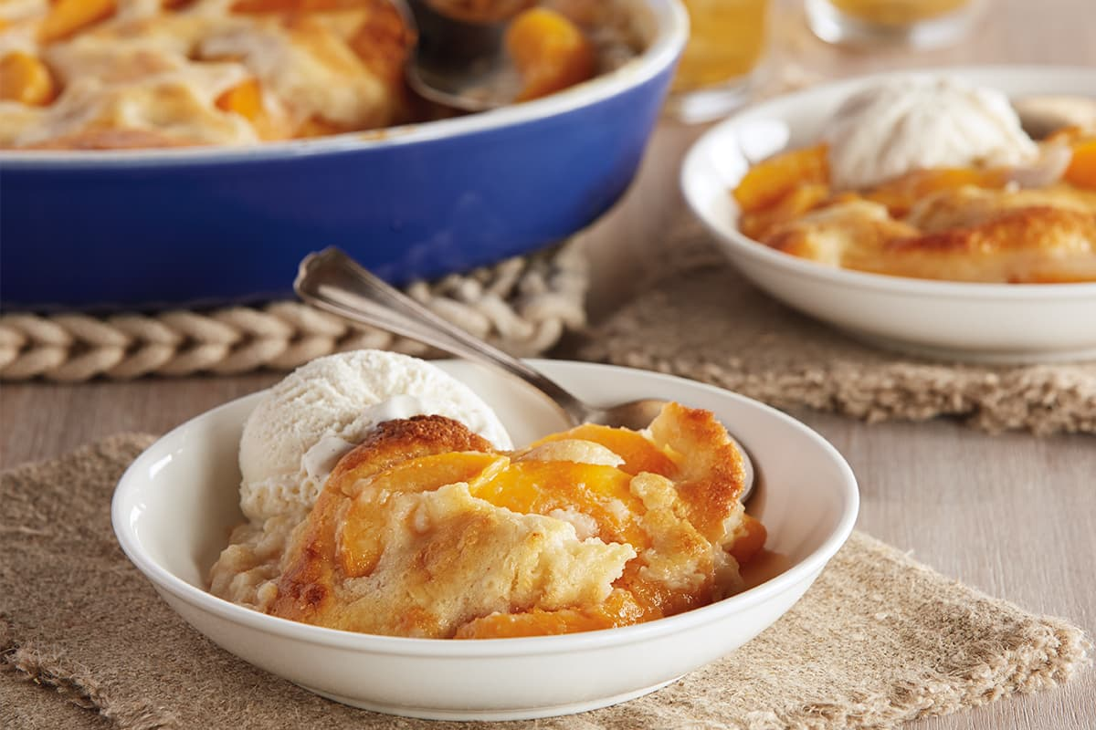 Country-Style Peach Cobbler