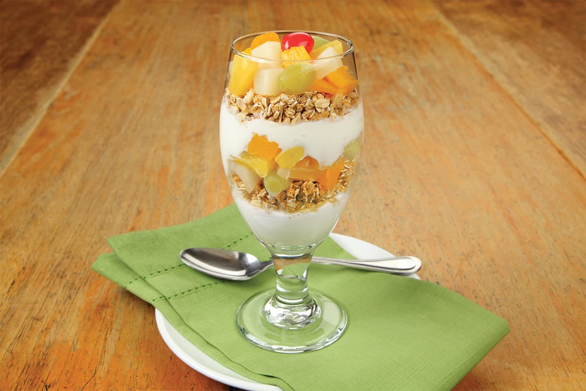 Fruit & Granola Breakfast Parfait