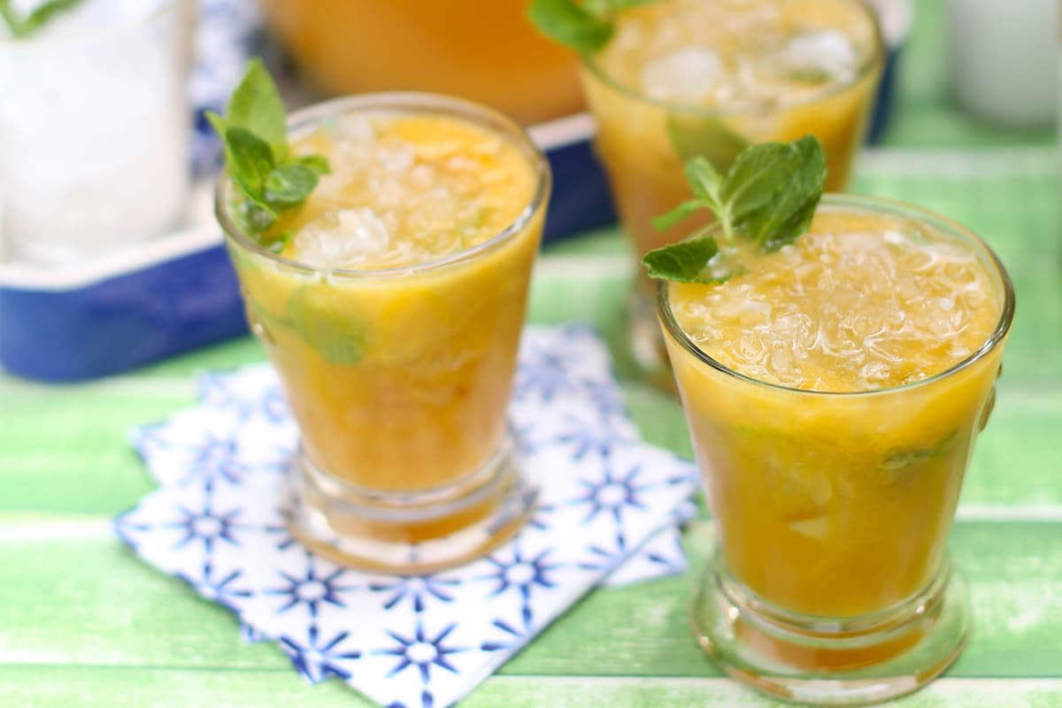 Mock Peach Mint Juleps