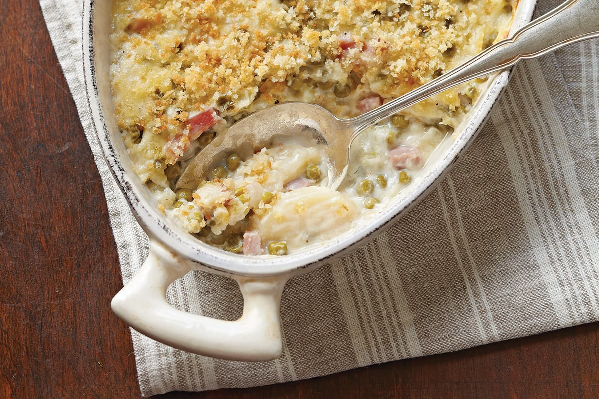 Scalloped Potatoes with Peas and Ham